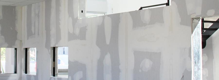 ... di pareti in cartongesso con finestre e porte Pareti in cartongesso